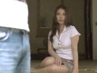【ひとずま熟女無料動画】顔面からエロス出すぎな美女母にガマンできずセクロスしてしまう義理息子